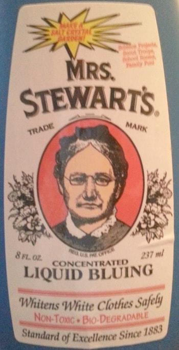 Mrs. Stewart;s liquid bluing - washing laundry without electricity   PreparednessMama
