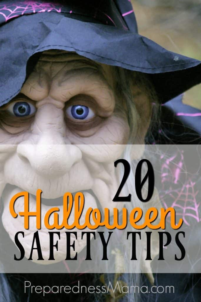 Halloween safety tips that every ghoul can follow. Set the rules so your kids know what to expect and have a great time being safe this Halloween season | PreparednessMama