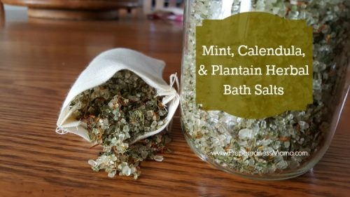 Make your own herbal bath salts with this recipe | PreparednessMama