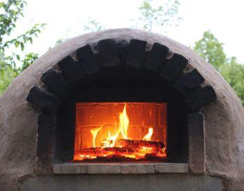 The Backyard Bread & Pizza Oven