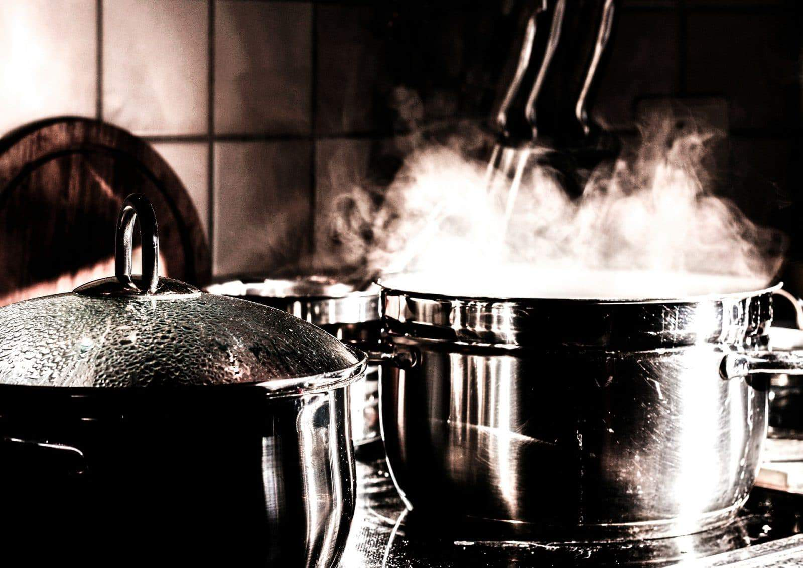 Boiling water in a cooking pot