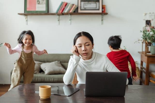 Leaving Kids Alone At Home: Preparedness Guide